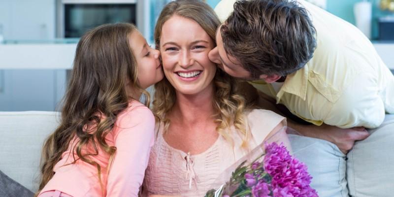 En el día de la madre díselo con flores