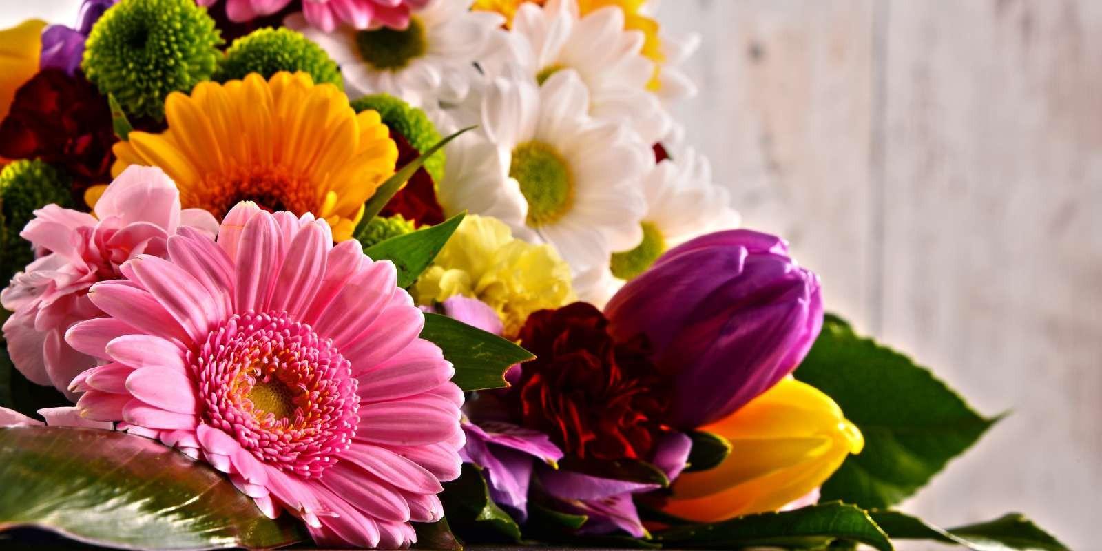 ¿Por qué regalar flores a domicilio?