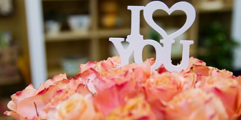 ¿Qué ramo de rosas escoger para tu aniversario?