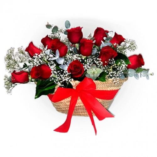 Capazo de Rosas Rojas